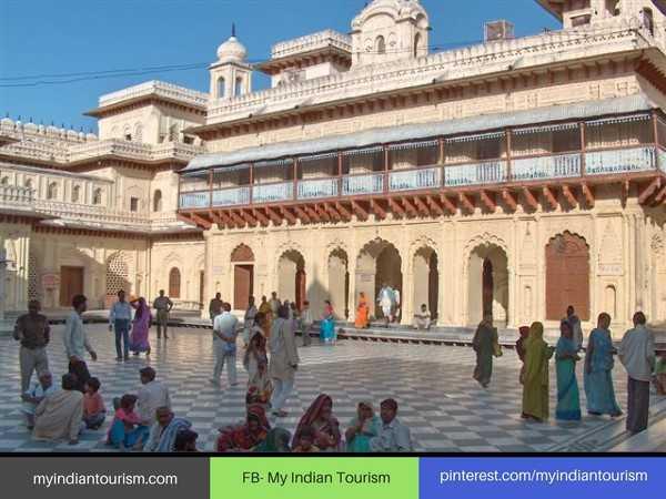 👌उत्तरप्रदेश की खूबसूरती - myindiantourism . com FB - My Indian Tourism pinterest . com / myindiantourism - ShareChat
