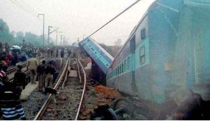 🗞कानपूर-पूर्वा एक्स्प्रेस रेल्वे दुर्घटना - ShareChat