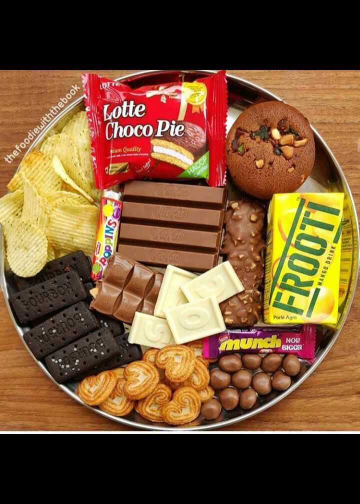 🍧कुछ मीठा हो जाए - Lotte thefoodiewiththebook Choco Pie m uality HACCP OPPINS FROOTI MANGO DRINK Porie Agro mun NOW BIGGER - ShareChat