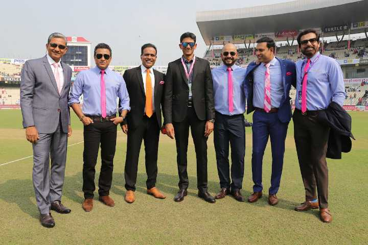 🏏 क्रिकेट LIVE - LIC TURTLE 2 Anchor TAN TURTLES - ShareChat