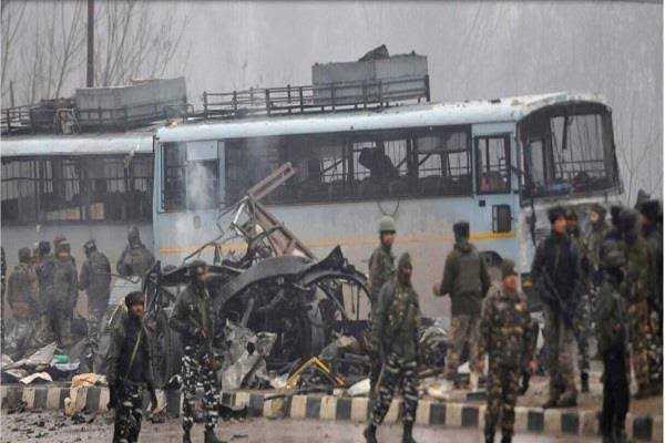 जम्मू: बस स्टैंड पर आतंकी हमला - 52 - ShareChat