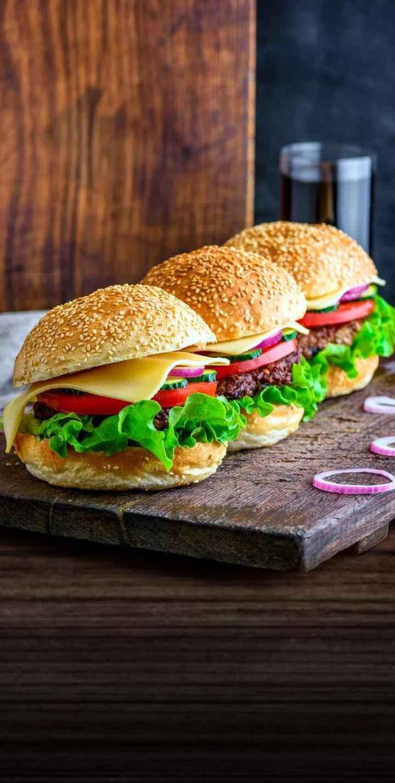 🍕पिझ्झा / बर्गर / सँडविच - ShareChat