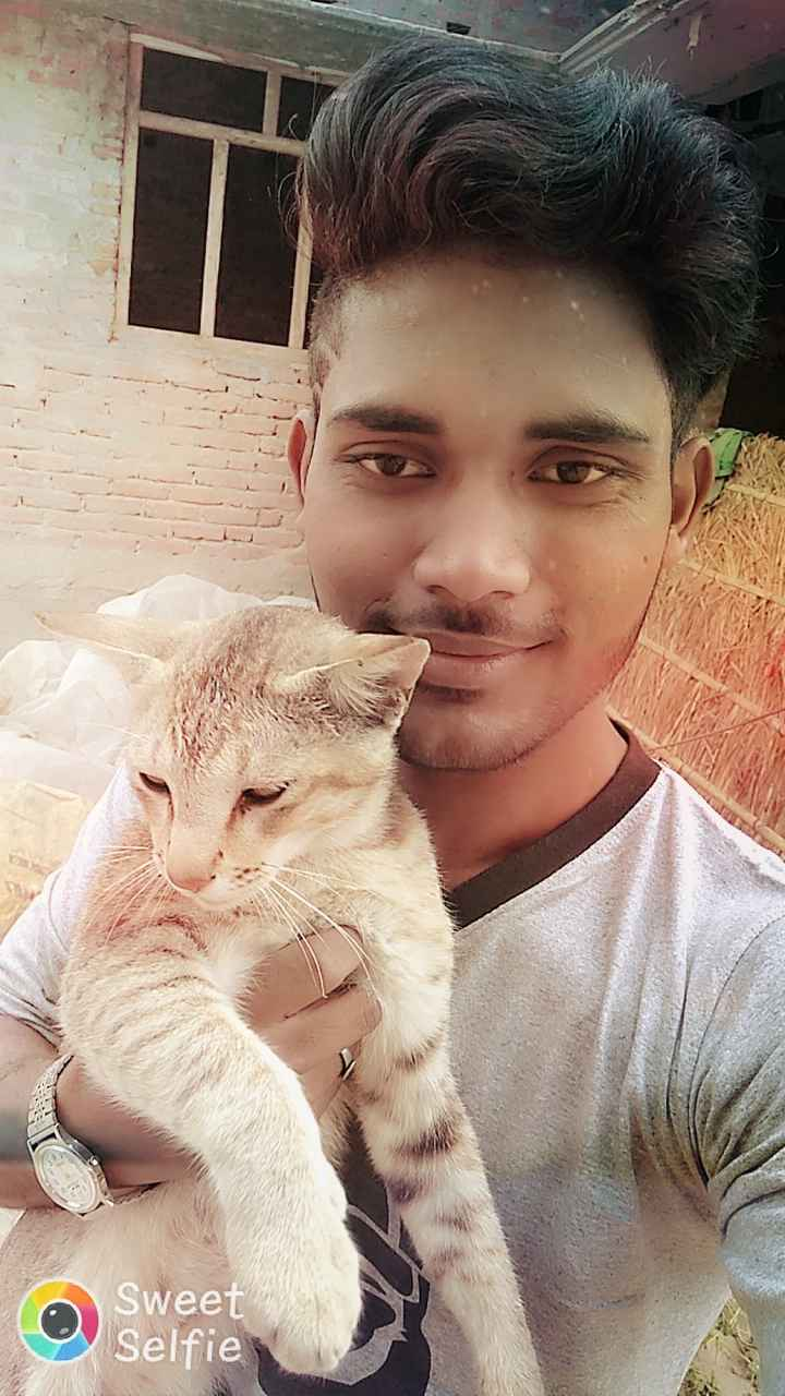🤪 फनी फोटो 🤪 - Sweet Selfie - ShareChat