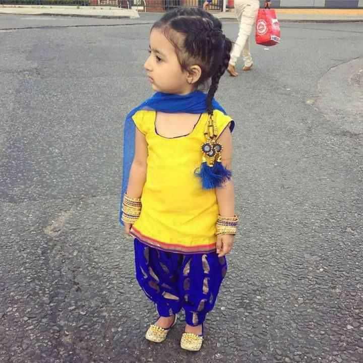 👫बच्चों की फ़ोटो - ShareChat