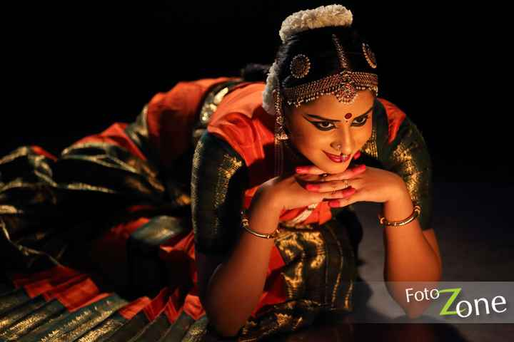 👌 भारतीय नृत्य - FotoZone - ShareChat