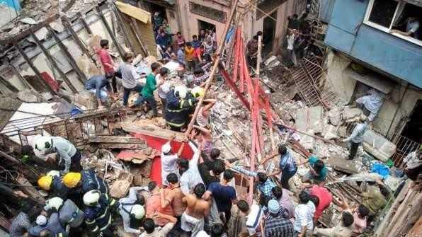 📰 मुंबई: इमारत गिरने से हादसा - ShareChat