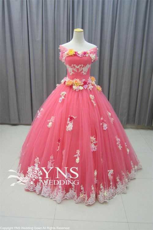 👗मेरी फेवरेट ड्रेस👔 - NS EDDING Copyright YNS Wedding Gown All Rights Reserved - ShareChat