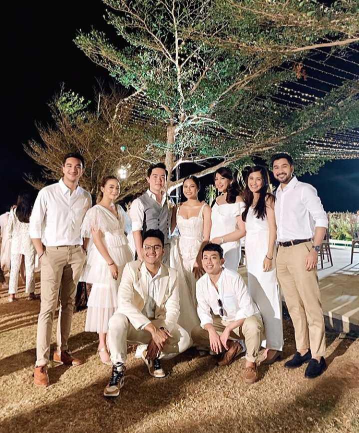 शादी की एलबम - ShareChat