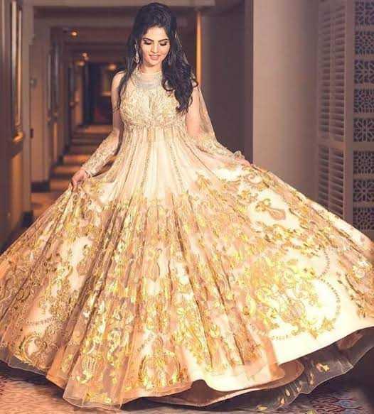 👗 शादी की ड्रेस 🕴🏾 - ShareChat