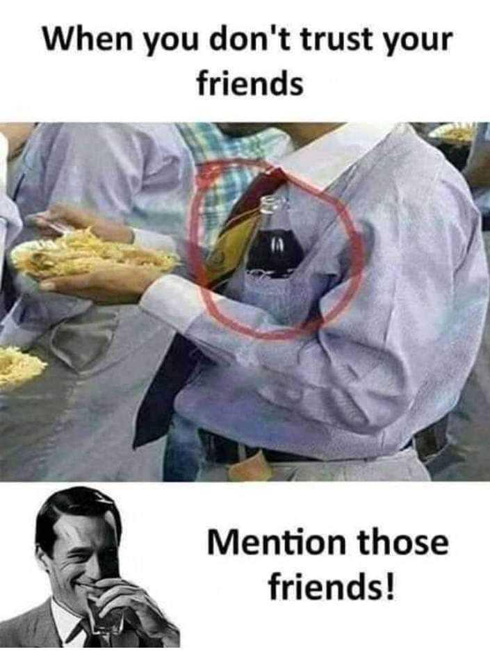 😄 हंसिये और हंसाइए 😃 - When you don ' t trust your friends Mention those friends ! - ShareChat