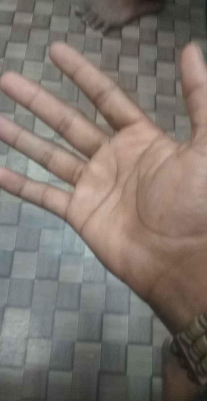 हाथ का वीडियो चैलेंज👐 - ShareChat