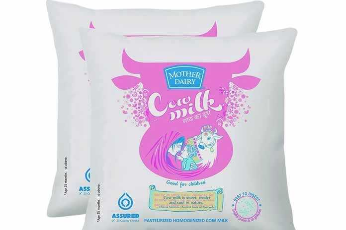 हाय रे महंगाई - MOTHER DAIRY Corike गाय का दूध above Apr 25 months Good fov children above Cow milk is sweet , tender and cool in nature . Ae 25 months ASSURED solute PASTEURIZED HOMOGENIZED COW MILK - ShareChat