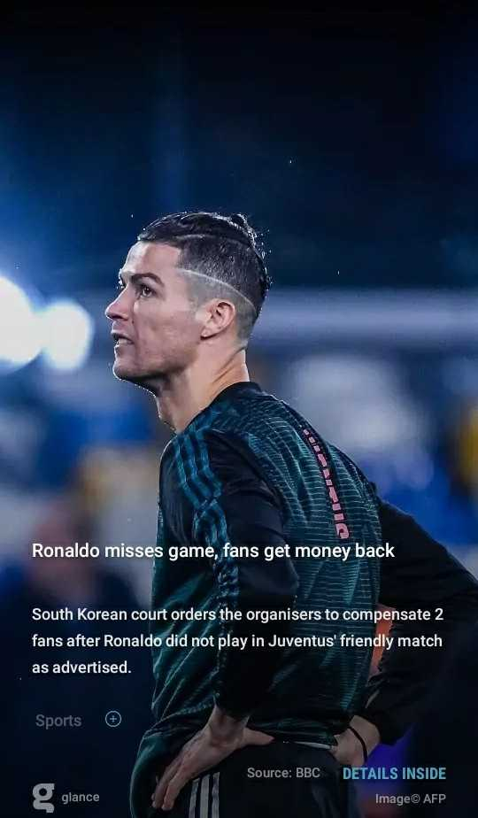 ⚽আই লীগ ⚽ - Ronaldo misses game , fans get money back South Korean court orders the organisers to compensate 2 fans after Ronaldo did not play in Juventus ' friendly match as advertised . Sports Source : BBC DETAILS INSIDE g glance Image© AFP - ShareChat