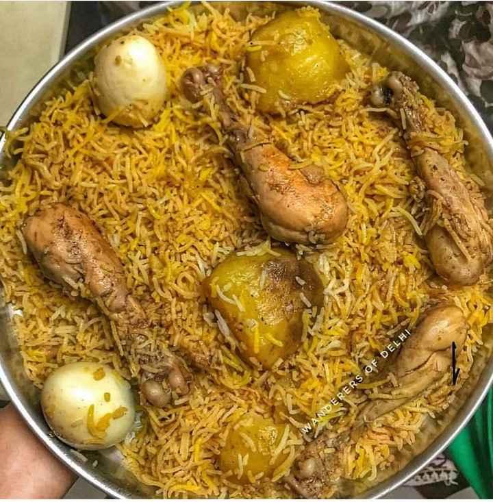 🍔 আমার প্রিয় খাবার 🍕 - WANDERERS OF DELHI - ShareChat