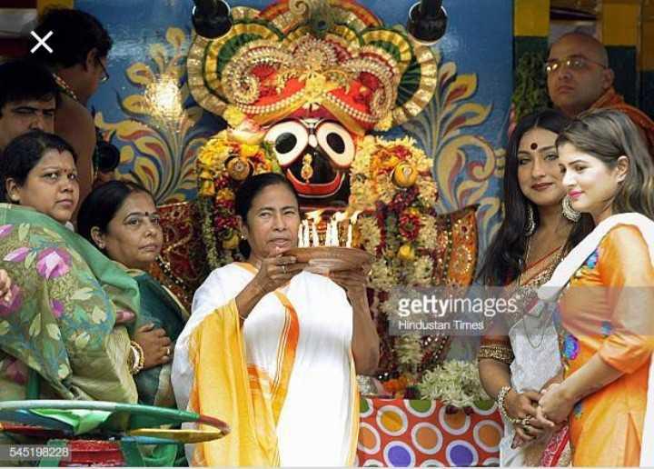 উল্টো রথ  👏🏾 - gettyimages Hindustan Times 545198228 - ShareChat
