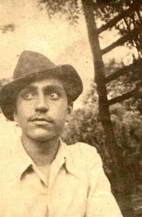 শুভজন্মদিন আম্রিশ পুরি - ShareChat