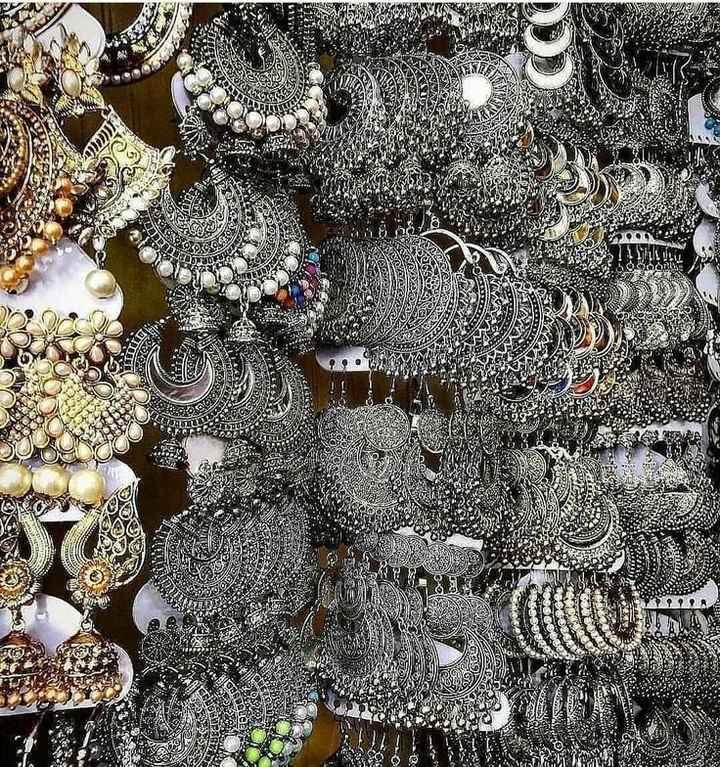 😍 ਕੰਨਾਂ ਵਾਲੇ ਕਾਂਟੇ /ਝੁਮਕੇ/ ਵਾਲੀਆਂ ਦੀ ਵੀਡੀਓ - YAN CA VAG RE WAWA - ShareChat