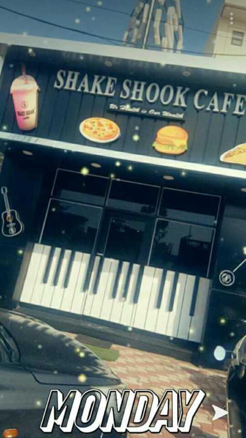 🍔 ਫੂਡ ਲਵਰਜ਼ - SHAKE SHOOK CAFE MONDAY - ShareChat