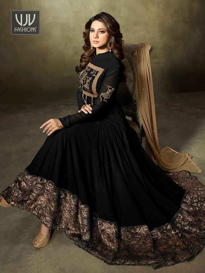 🖤 કાળો કલર (Black) - FASHIONS ME - ShareChat
