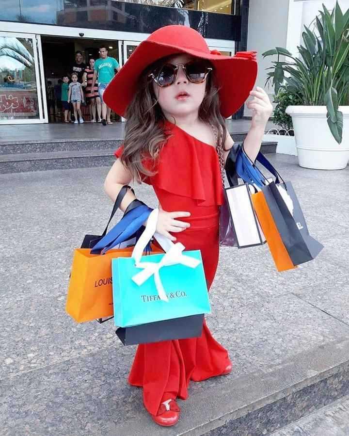 👧 બાળ ફેશન - DIA LOUI & CO . TIFFA - ShareChat