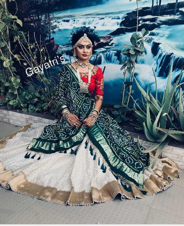 💄 મેક-અપ - Gayatri ' s OneSie - ShareChat