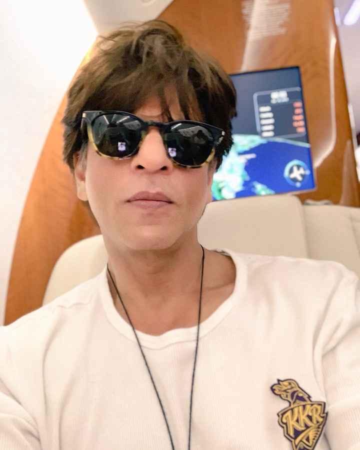 🎬 શાહરૂખ ખાન - ShareChat