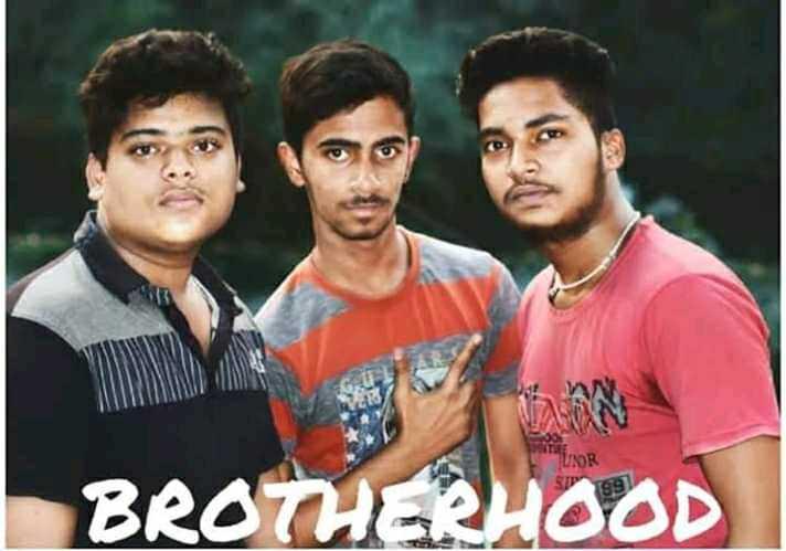 📷ଫୋଟୋଗ୍ରାଫି ଦିବସ - TUOR BROTHERHOOD - ShareChat