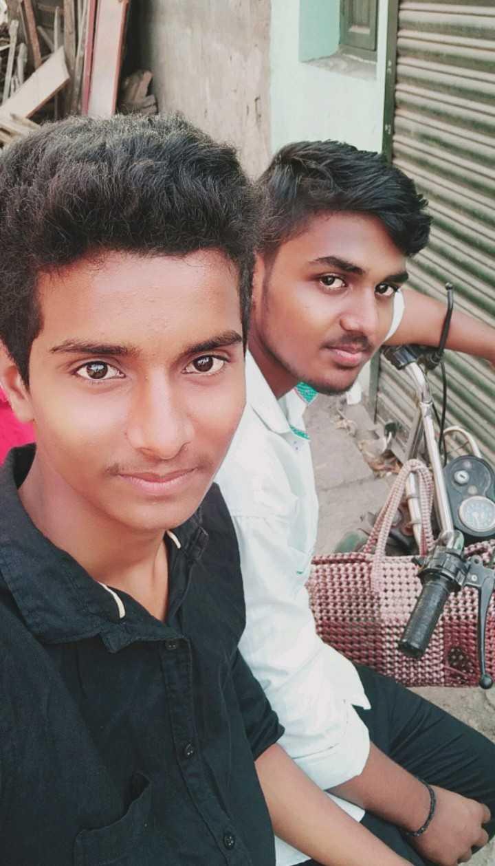 அஜித்தின் நேர்கொண்ட பார்வை - ShareChat