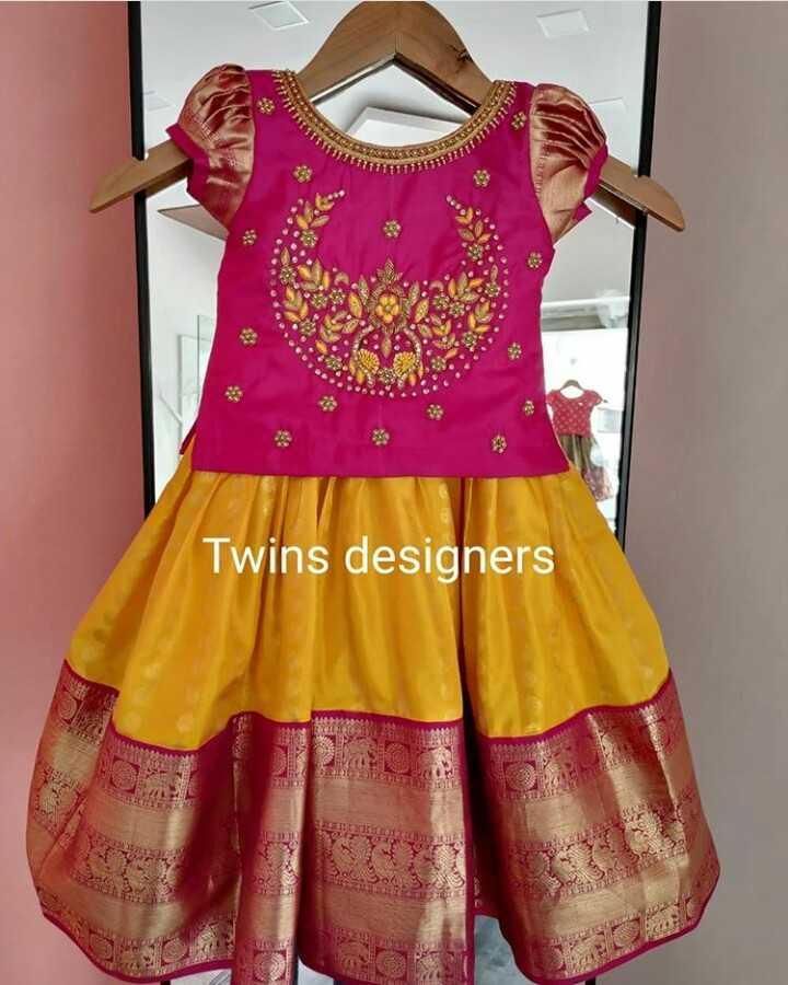 👗 ஆடை வடிவமைப்பு - Twins designers - ShareChat