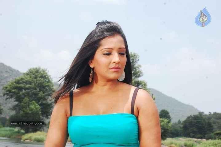 🎥தர்ம பிரபு - www . cine . josh . com - ShareChat