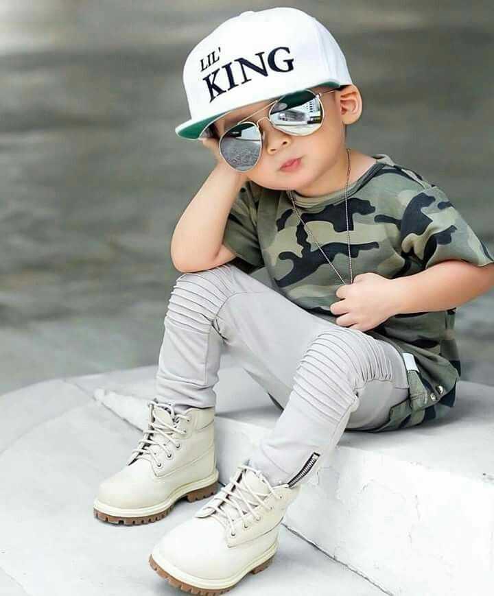 🤳పిల్లల సెల్ఫీస్👶🏻 - LIL ' KING - ShareChat