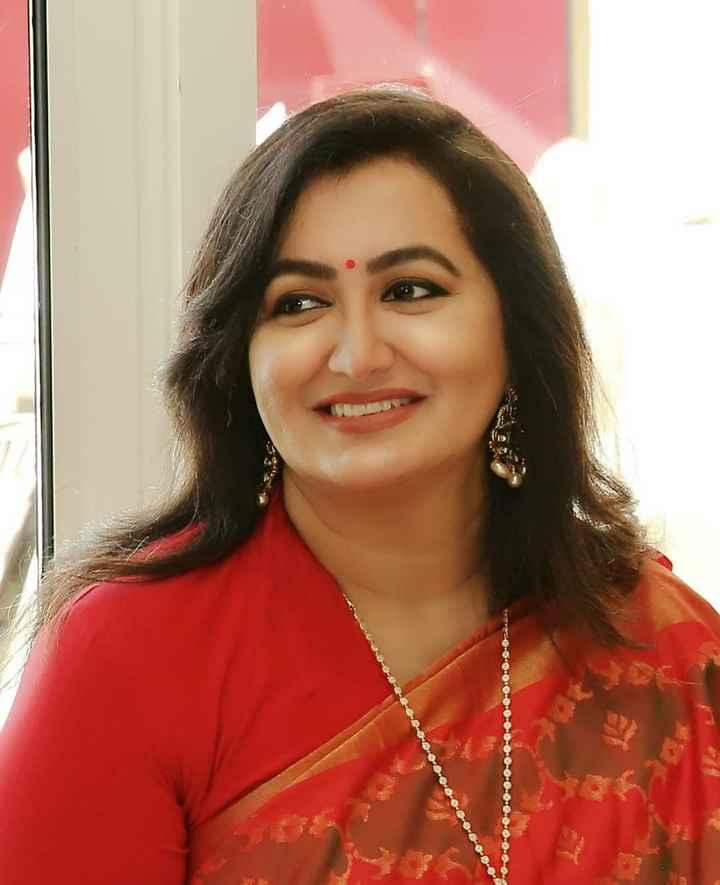 ರೆಬೆಲ್ ⭐ಅಂಬರೀಶ್ ಸುಮಲತಾ 🌠 - - . . - - - ShareChat
