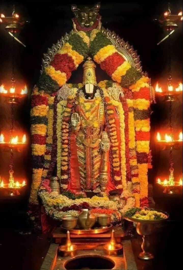 🕍 ಹೆಸರಾಂತ ದೇವಾಲಯಗಳು - ShareChat
