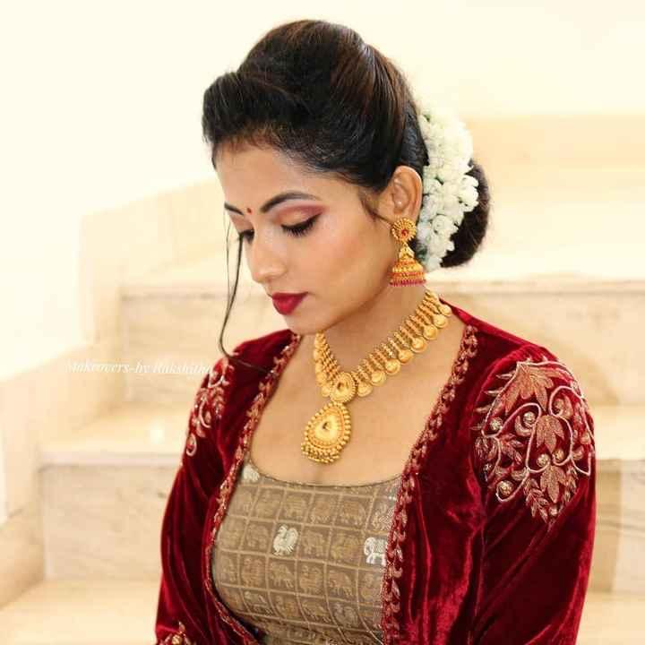 📺 👩🎤మన ఇంటి సీరియల్స్ - Makeovers - by Rakshithu - ShareChat