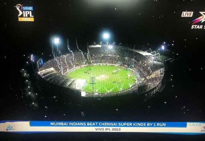 🤼♀CSK vs MI - vivo > IPL LIVE HNL STAR SUPER MUMBAI INDIANS BEAT CHENNAI SUPER KINGS BY 1 RUN VIVO IPL 2019 - ShareChat