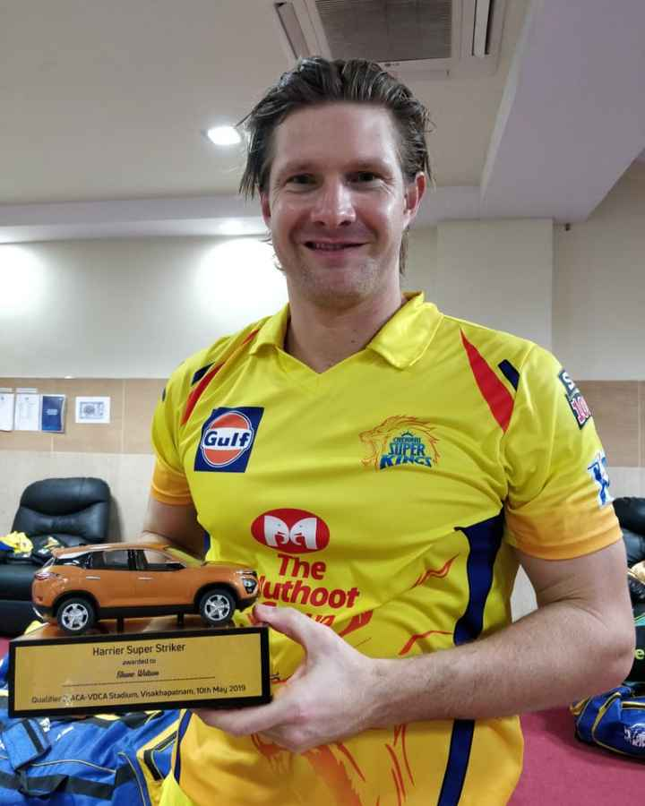 🙋♂ IPL ஸ்கோர் updates - Gulf The luthoot Harrier Super Striker awarded to Shane Walow Qualifiers ACA - VDCA Stadium , Visakhapatnam , 10th May 2019 - ShareChat