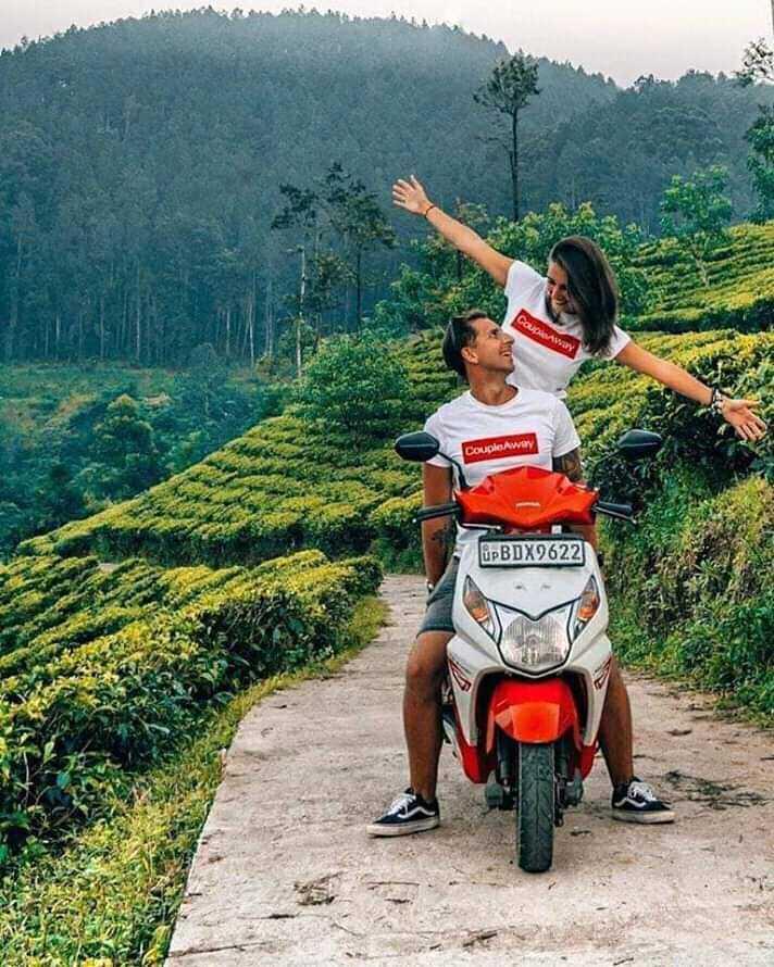 ❤️রোমান্টিক স্টেটাস - AWAY Couple AWAY UPBDX0622 - ShareChat