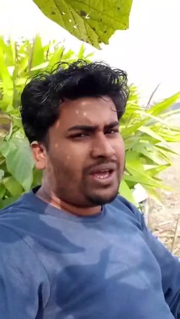রোমান্টিক গান🎶🎸 - ShareChat