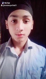 🎥 ਸਲੋ ਮੋਸ਼ਨ - ShareChat
