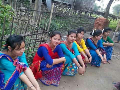গাৰ্লচ কৰ্ণাৰ - ShareChat