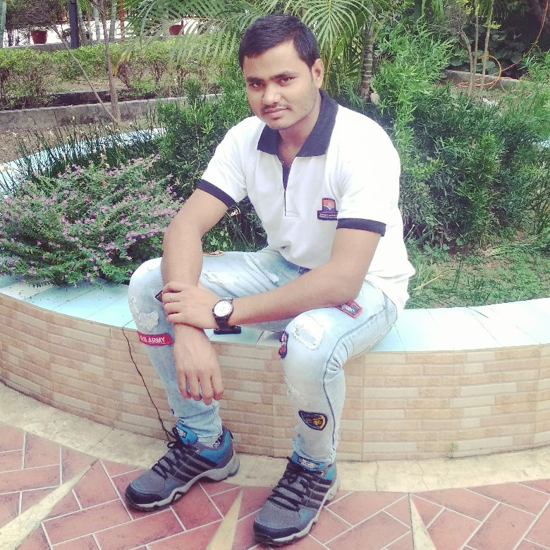 Hckr Arshaq  - Author on ShareChat: Funny, Romantic, Videos, Shayaris, Quotes