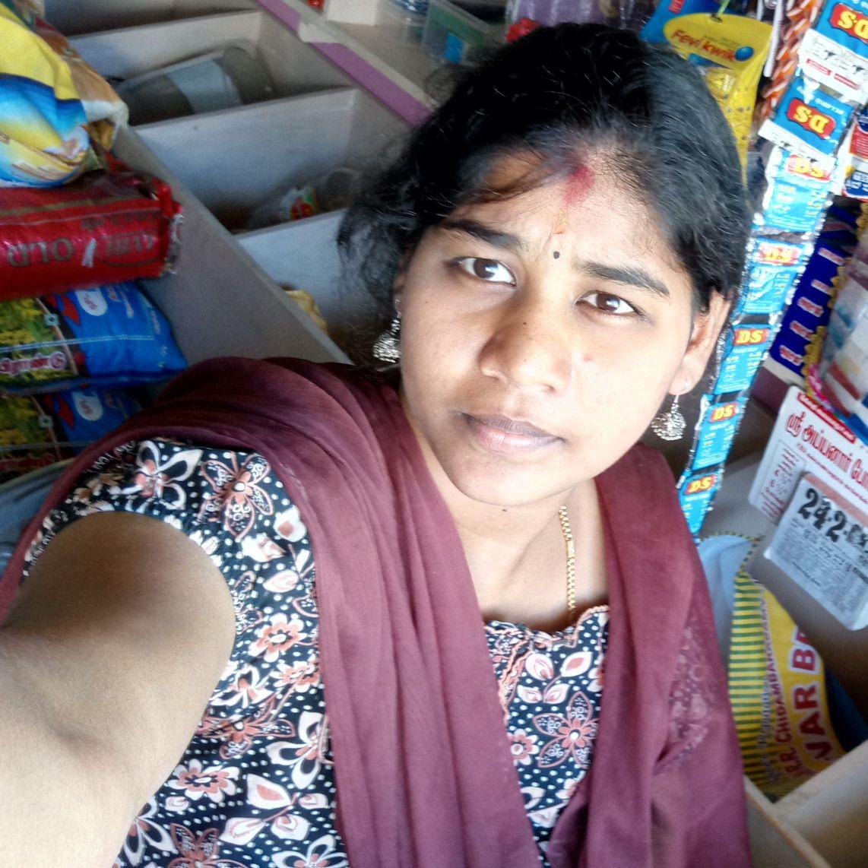 ❣️ miss you video karthi wife priya - ShareChat - Funny