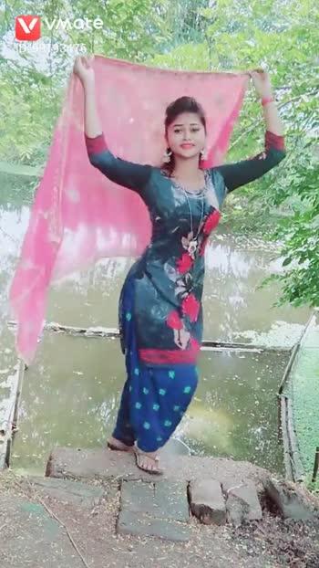 लेडीज़ संगीत डान्स म्यूज़िक - ShareChat