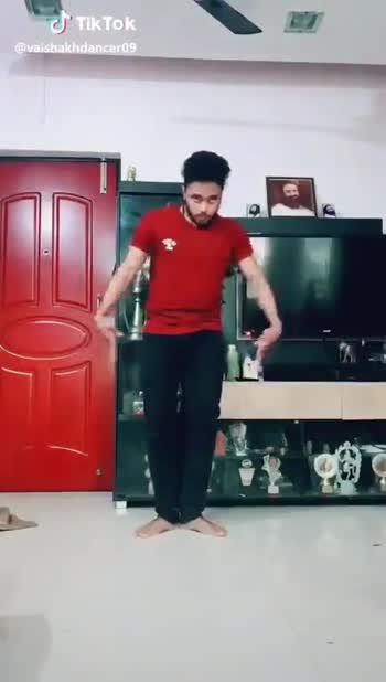 😉 મજેદાર વિડીઓ - @ vaishakhdancer 09 J Tik Tok @ vaishakhdancer09 - ShareChat