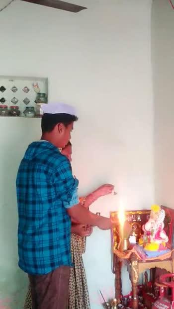 🙏🏼 बाप्पांची शेवटची आरती व्हिडिओ - ShareChat