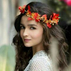 🌷 S@KSHI. ..🌷 - Author on ShareChat: Funny, Romantic, Videos, Shayaris, Quotes