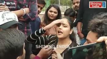 बीजेपी vs कांग्रेस - NEWS India SHINING INE @ Bhaivicky Shining India NEWS SHININES DIA @ Bhaivicky - ShareChat