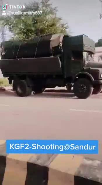 😎KGF-2 ಪೋಸ್ಟರ್ ರಿಲೀಸ್ - ShareChat