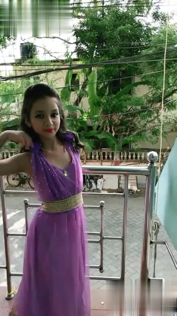 🎤নাচ ও গান - Vanshika Singh ? ? ? ? 80738432836 Download Video for free Watch more videos of this creator Video - ShareChat