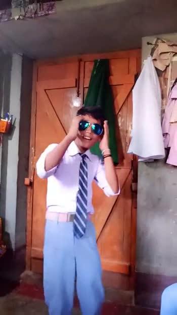 😎काला चश्मा - ShareChat